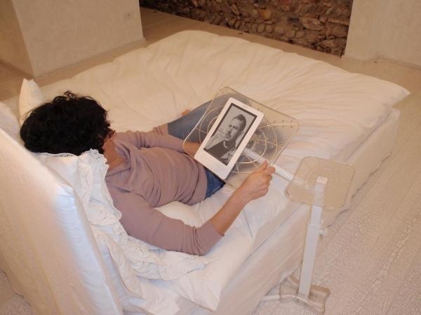 Supporto tablet nuovi stili di vita digitale - Supporto per ipad da letto ...